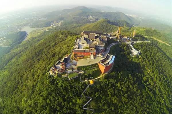 南京周边养老好项目--茅山别墅【汇金半岛溪岸-汇金福寿谷】湖景独栋