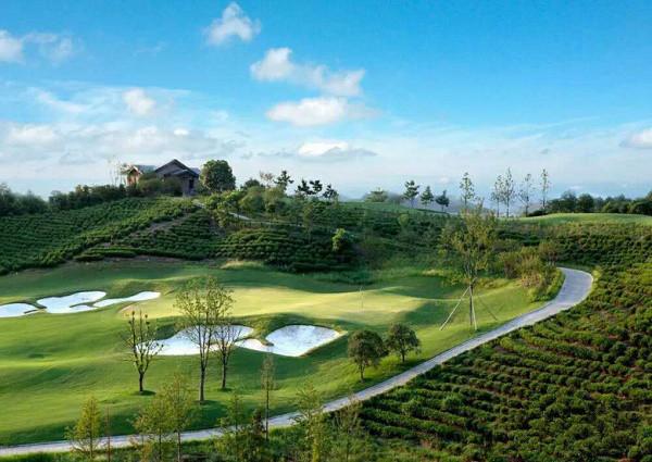 安吉凤凰国际缓山·中国最美高尔夫球场风景住宅别墅区【官方售楼处】