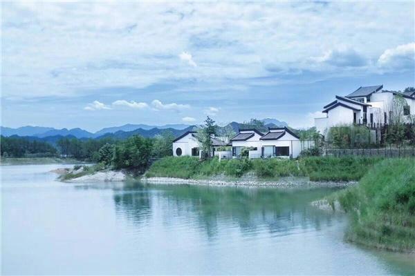 千岛湖云水江南中式湖景精装别墅,出大事了,出大事了