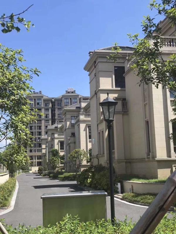 紹興越城桃花源山莊均價8000左右,小高層住宅 排屋別墅一線湖景,雙